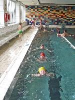 Selbständiges Bahnen schwimmen