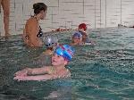 Selbständiges Brustschwimmen